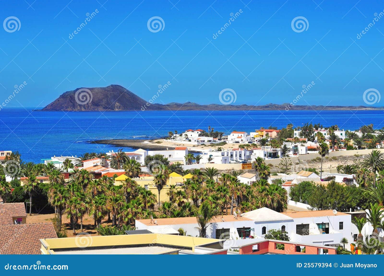 Lobos Insel Und Corralejo In Fuerteventura, Spanien Stockfoto - Bild ...