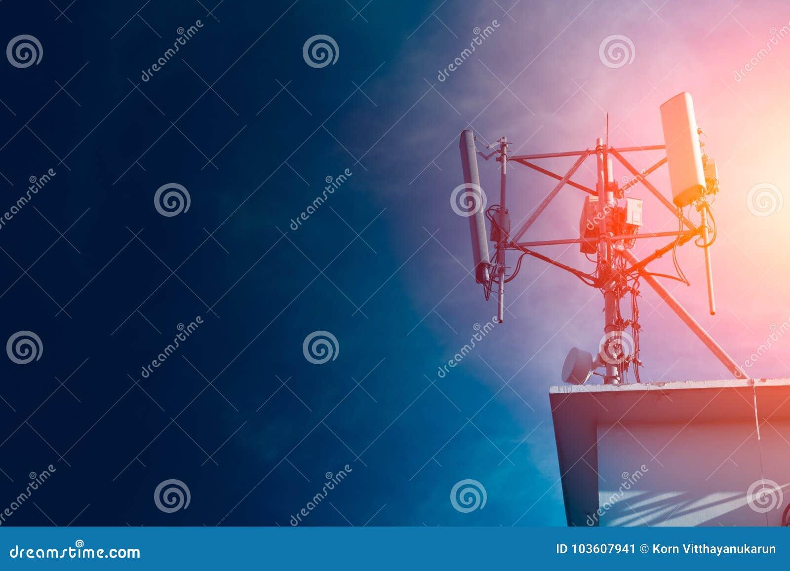 Local da pilha da torre do sinal do telefone celular de Digitas 4G