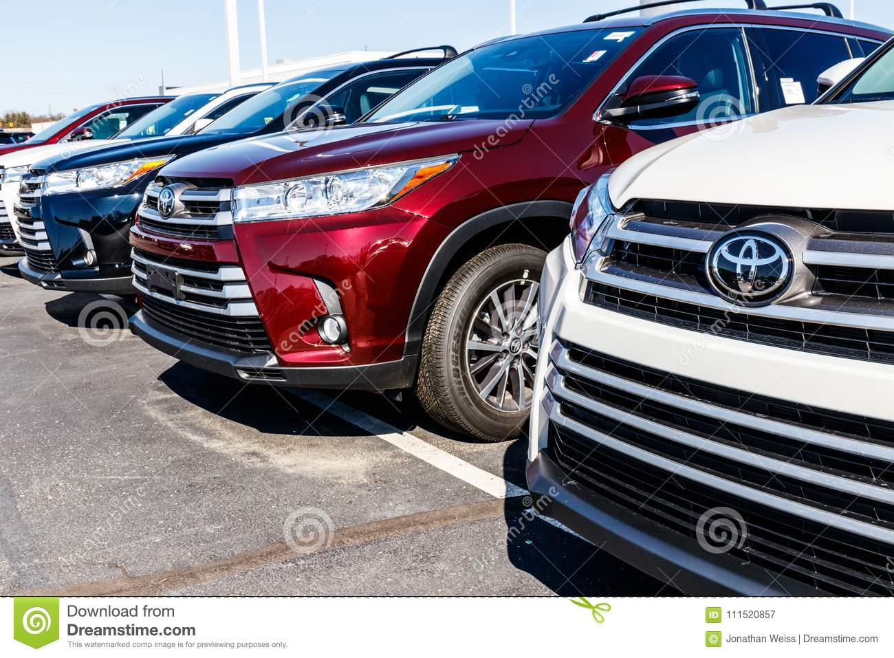 Indianapolis - Circa March 2018: Local Toyota Car And SUV ...