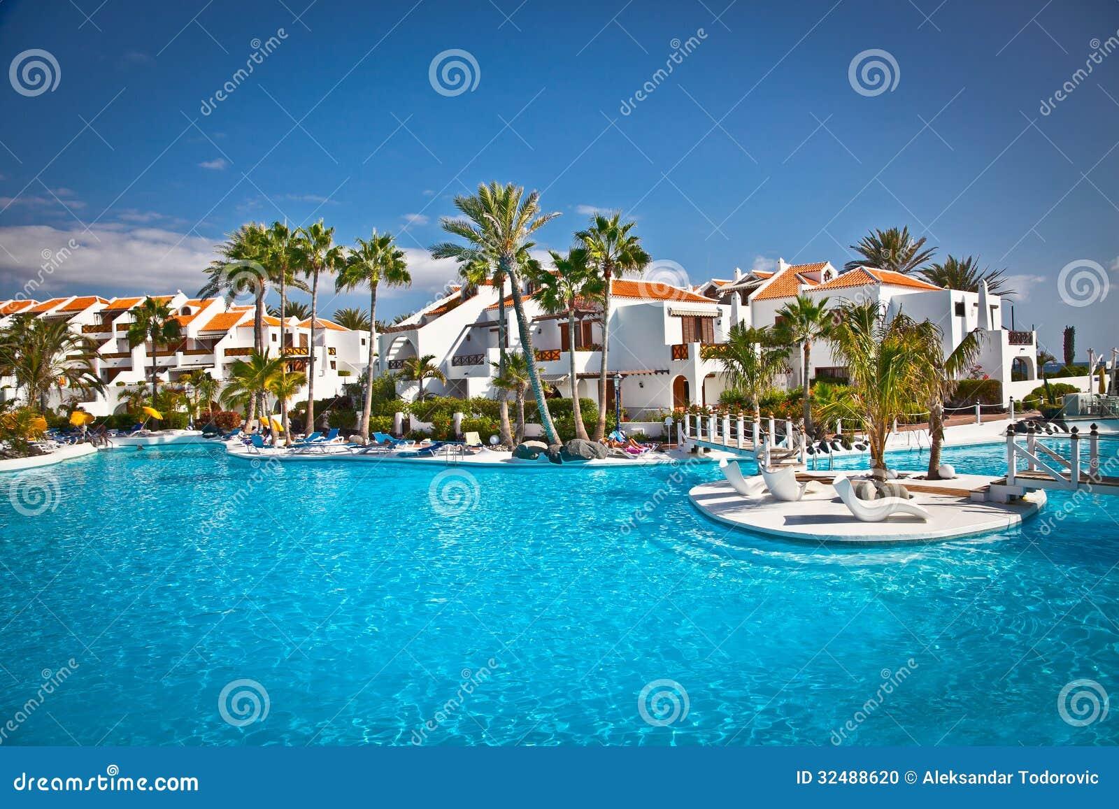 Località Di Soggiorno In Costa Adeje Su Tenerife, Spagna. Immagine ...