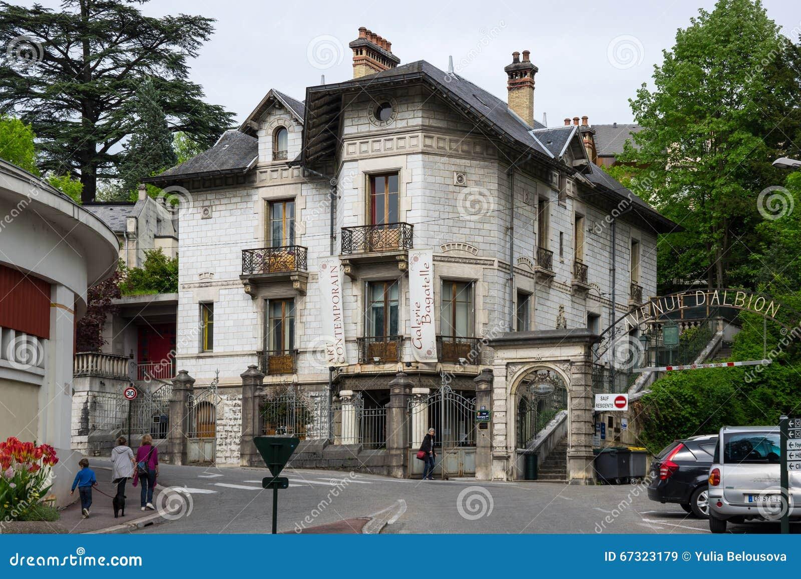 Località Di Soggiorno Francese Aix-les-Bains Immagine Stock ...