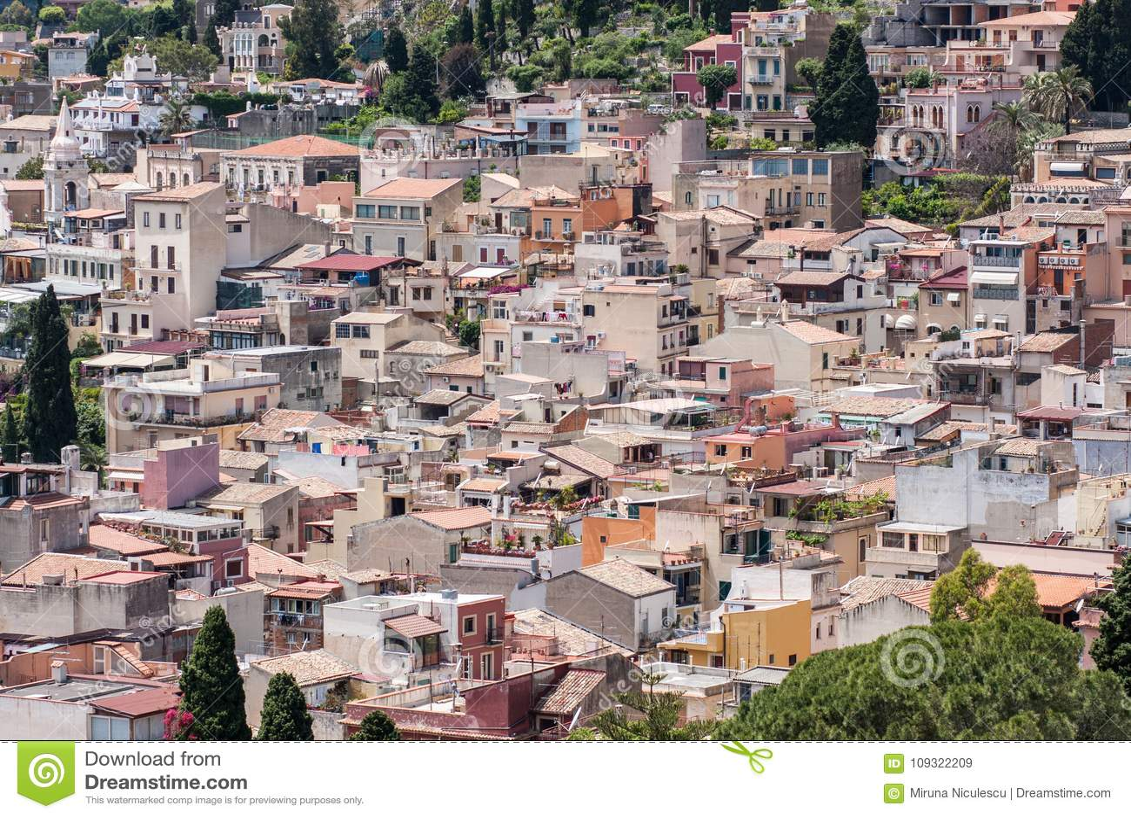 Località Di Soggiorno Siciliana Di Taormina, Sicilia, Italia ...