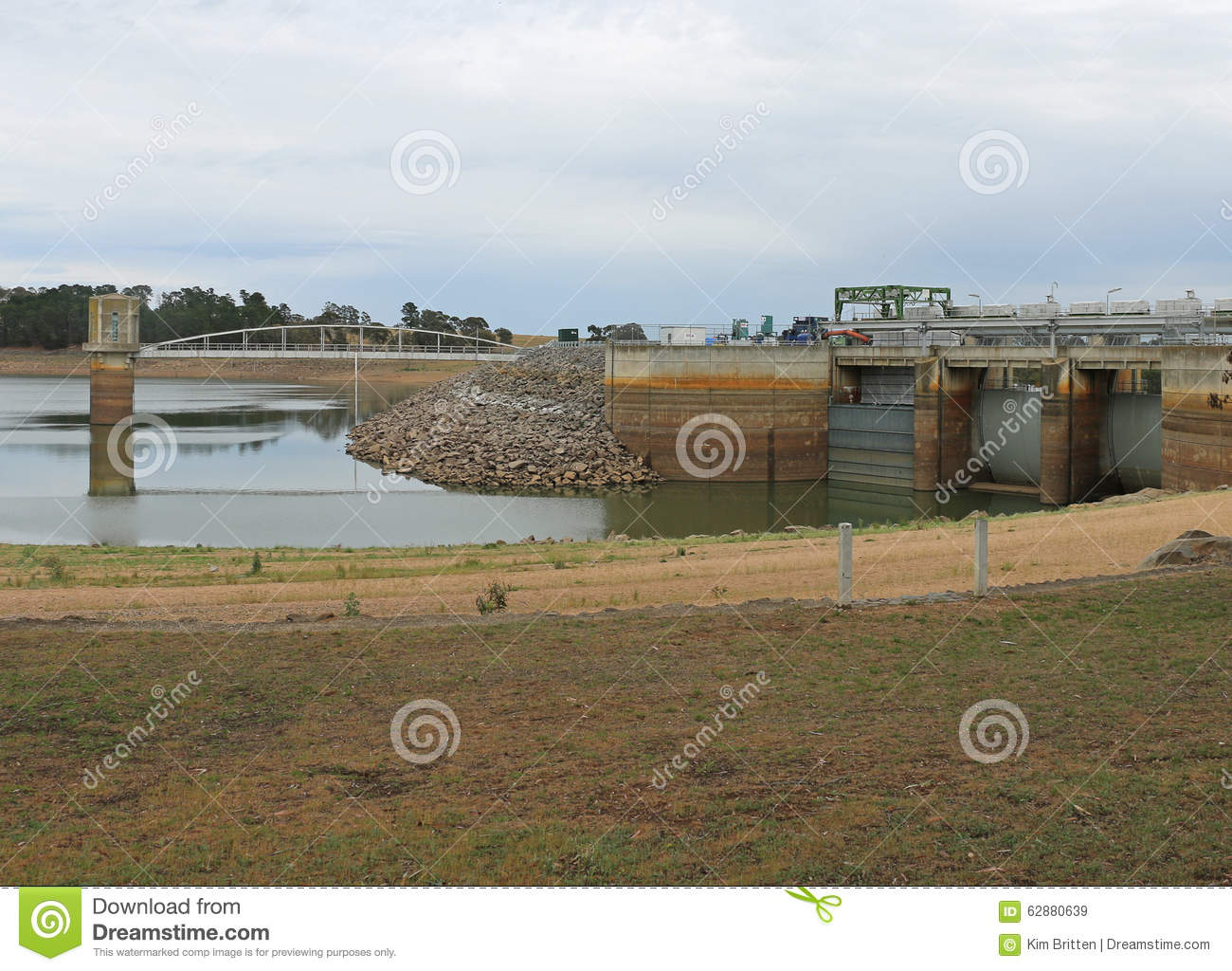 Located at Baringhup in Victoria is Cairn Curran Reservoir s intake tower, bridge and primary storage spillway