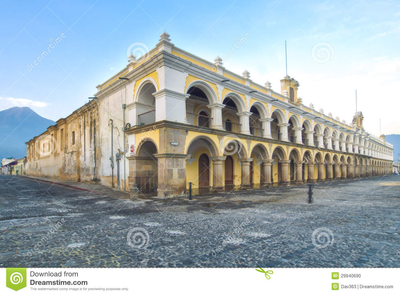 Palacio de los capitans antigua guatemala stock photo for Main architectural styles