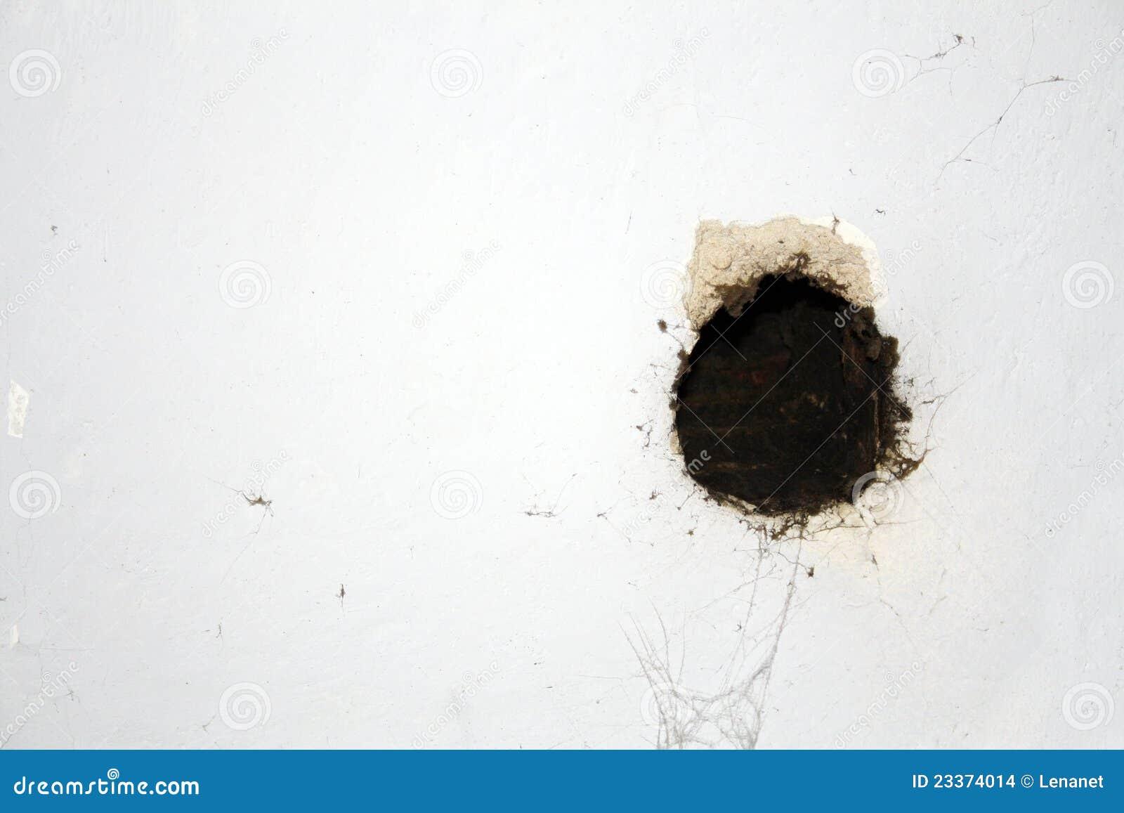 loch in der wand loch in der wand stockfoto bild 45523784. Black Bedroom Furniture Sets. Home Design Ideas