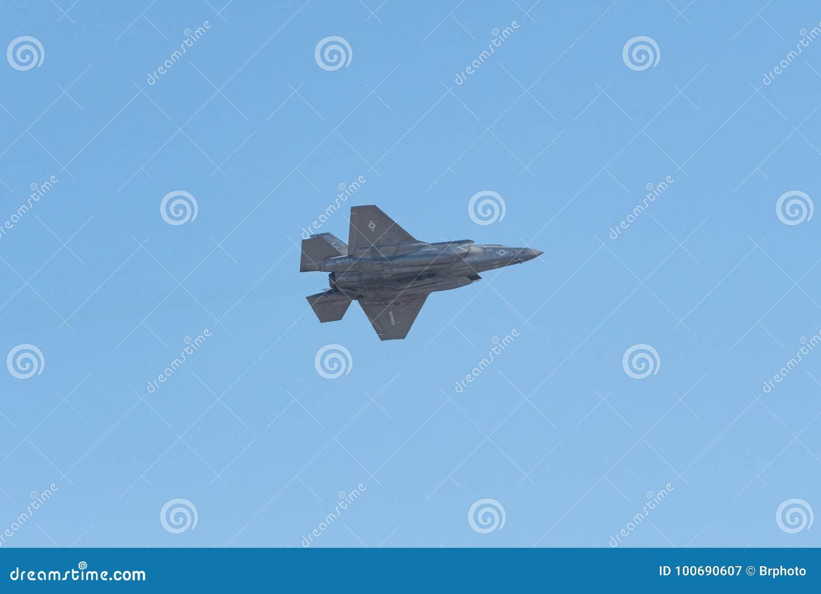 Lockheed Martin φ-35B αμερικανικό Στράτευμα Πεζοναυτών αστραπής που αποδίδει στο θόριο
