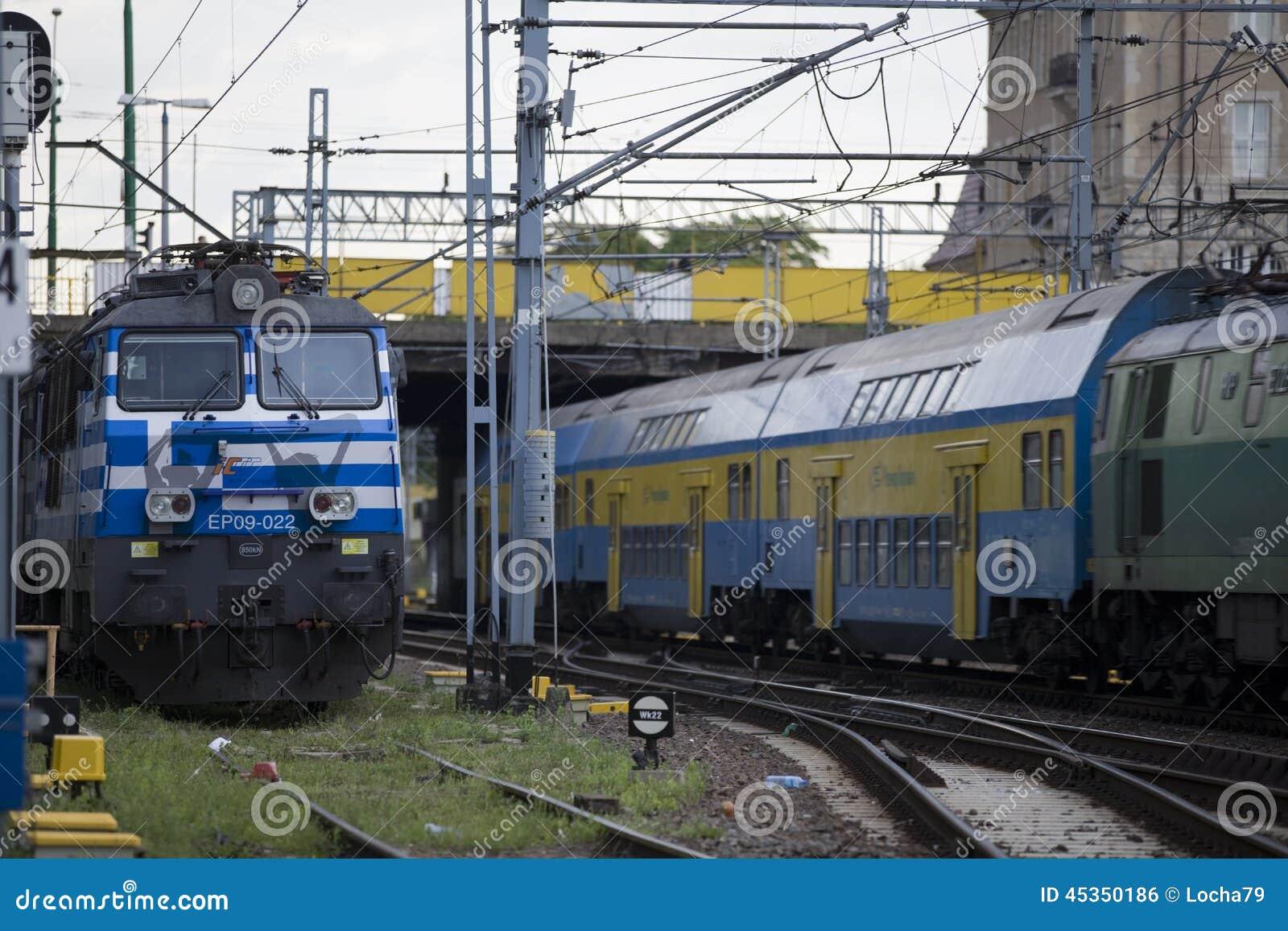 Locomotive électrique polonaise EP09