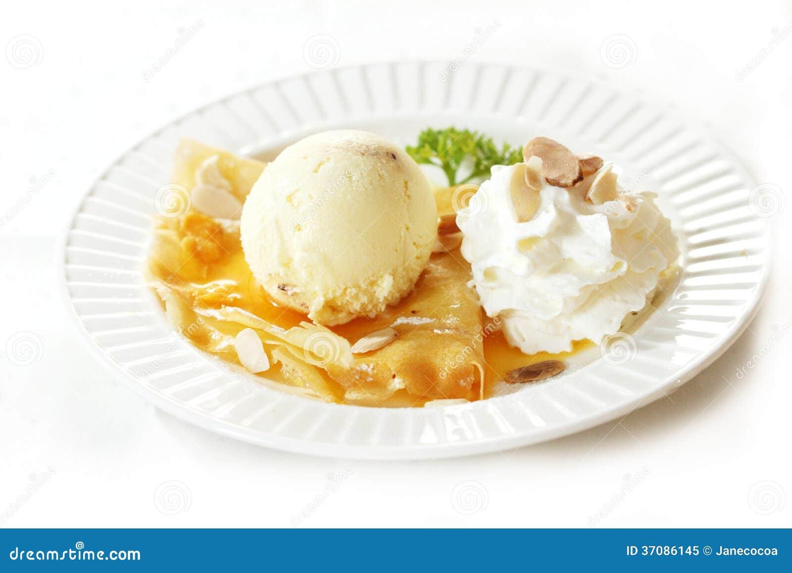 Download Lody z krepą obraz stock. Obraz złożonej z desery, wanilia - 37086145