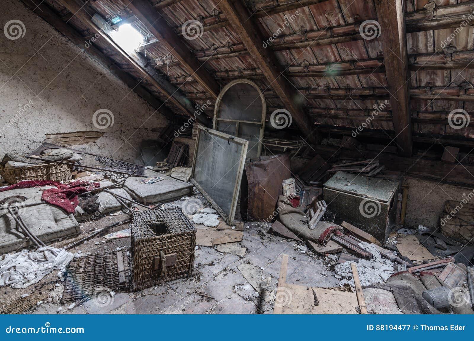 Loft z dżonką w domu