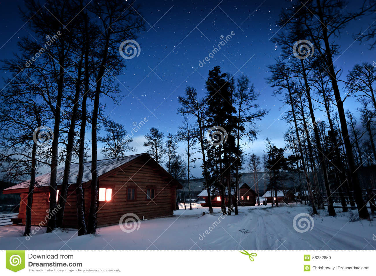 Log Cabin Canada Stock Photo Image 58282850