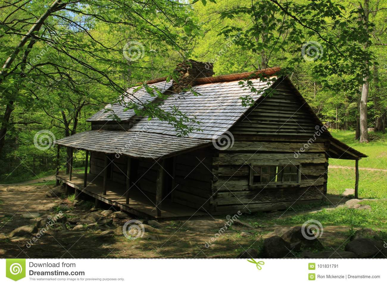 Log Cabin In The Smokies Surrounded By Trees Stock Image Image Of
