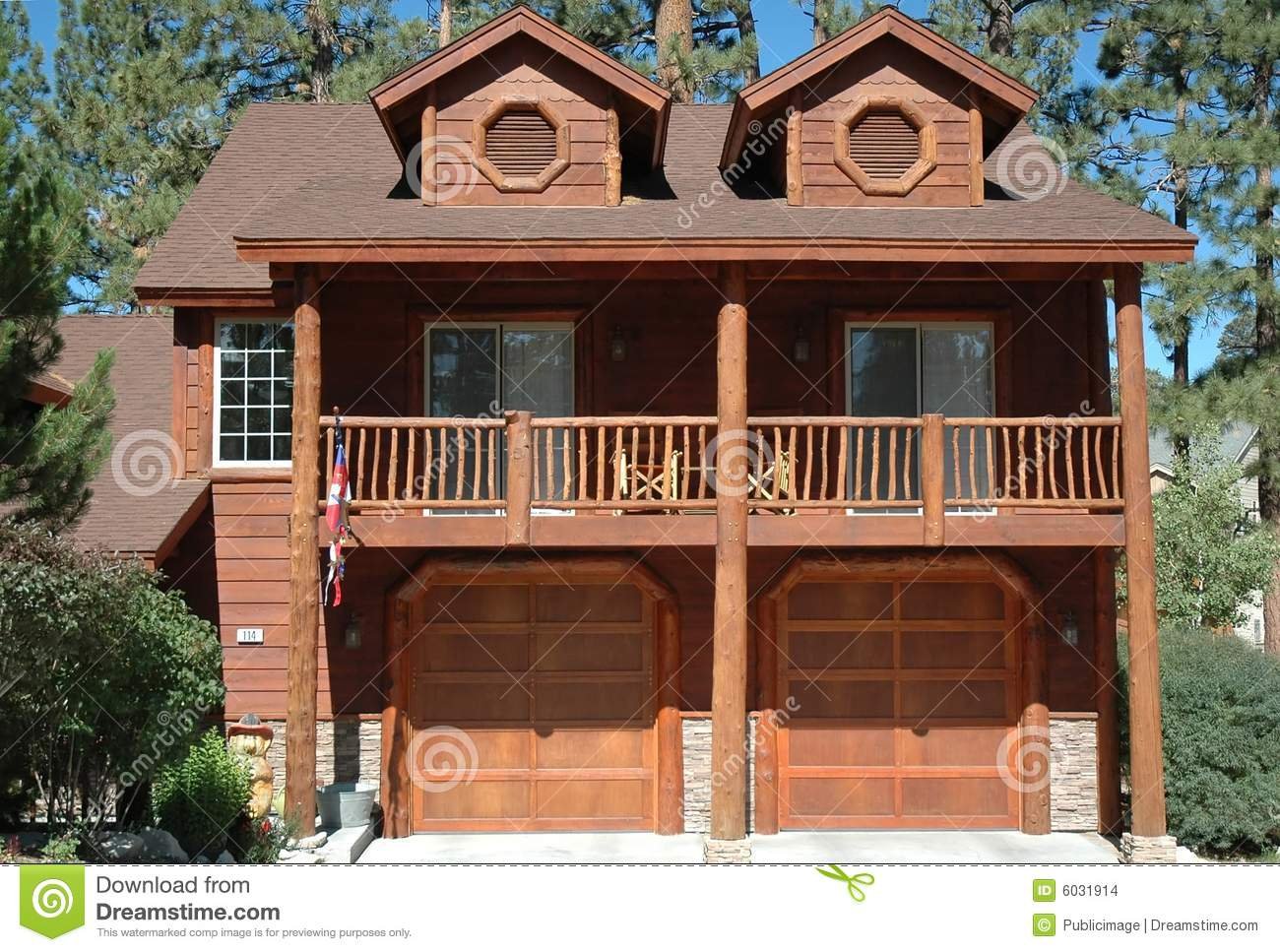 Log Cabin Style Home Stock Images Image 6031914