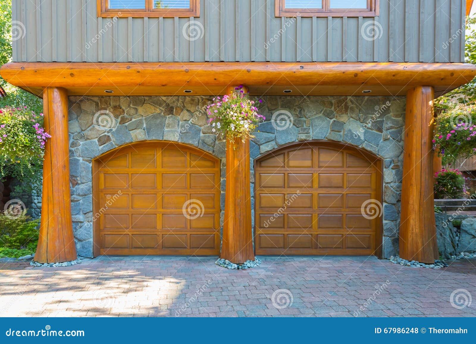 ^ Log House Stock Photo - Image: 67986248