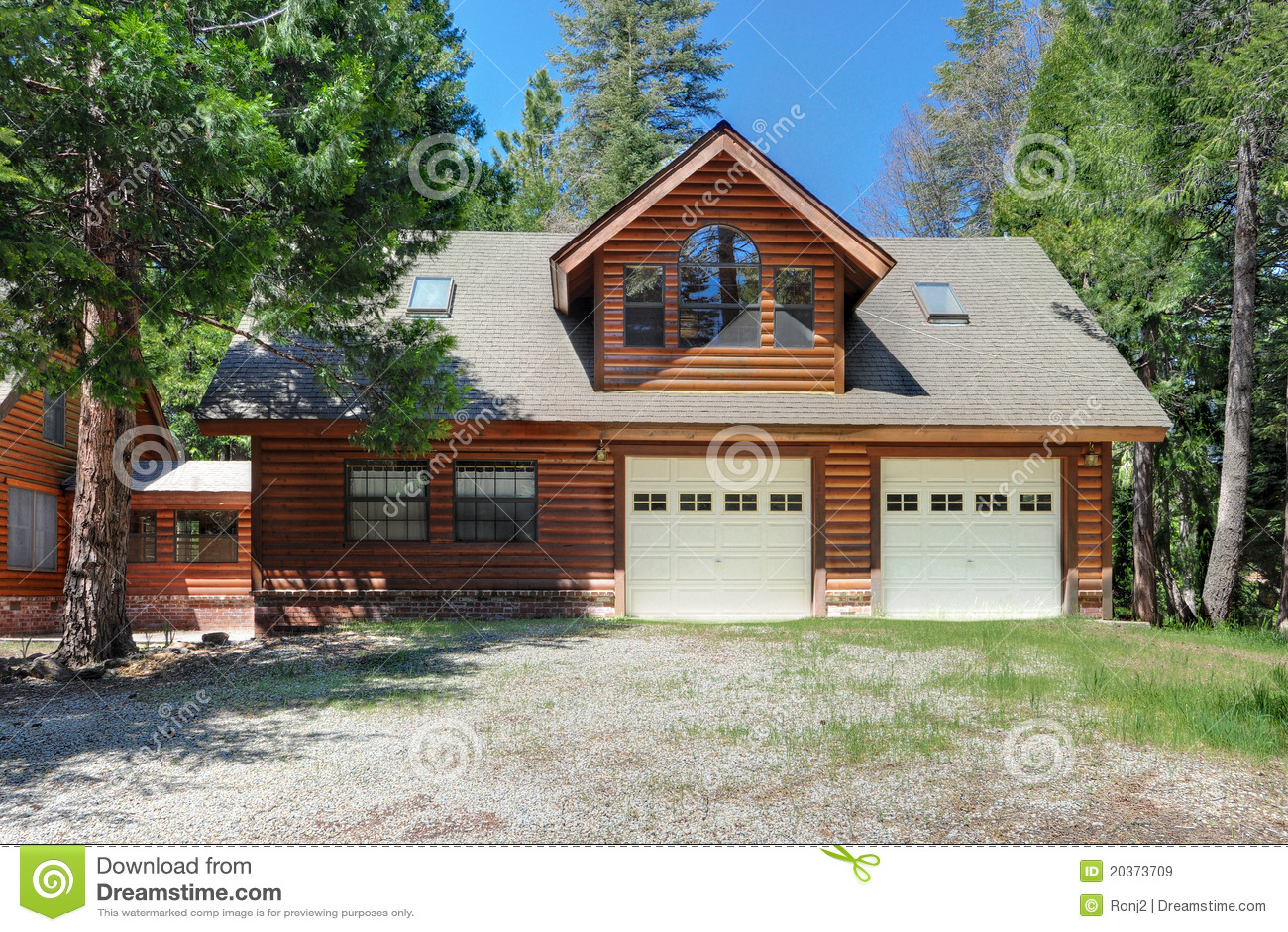 Log House Garage Royalty Free Stock Images Image 20373709