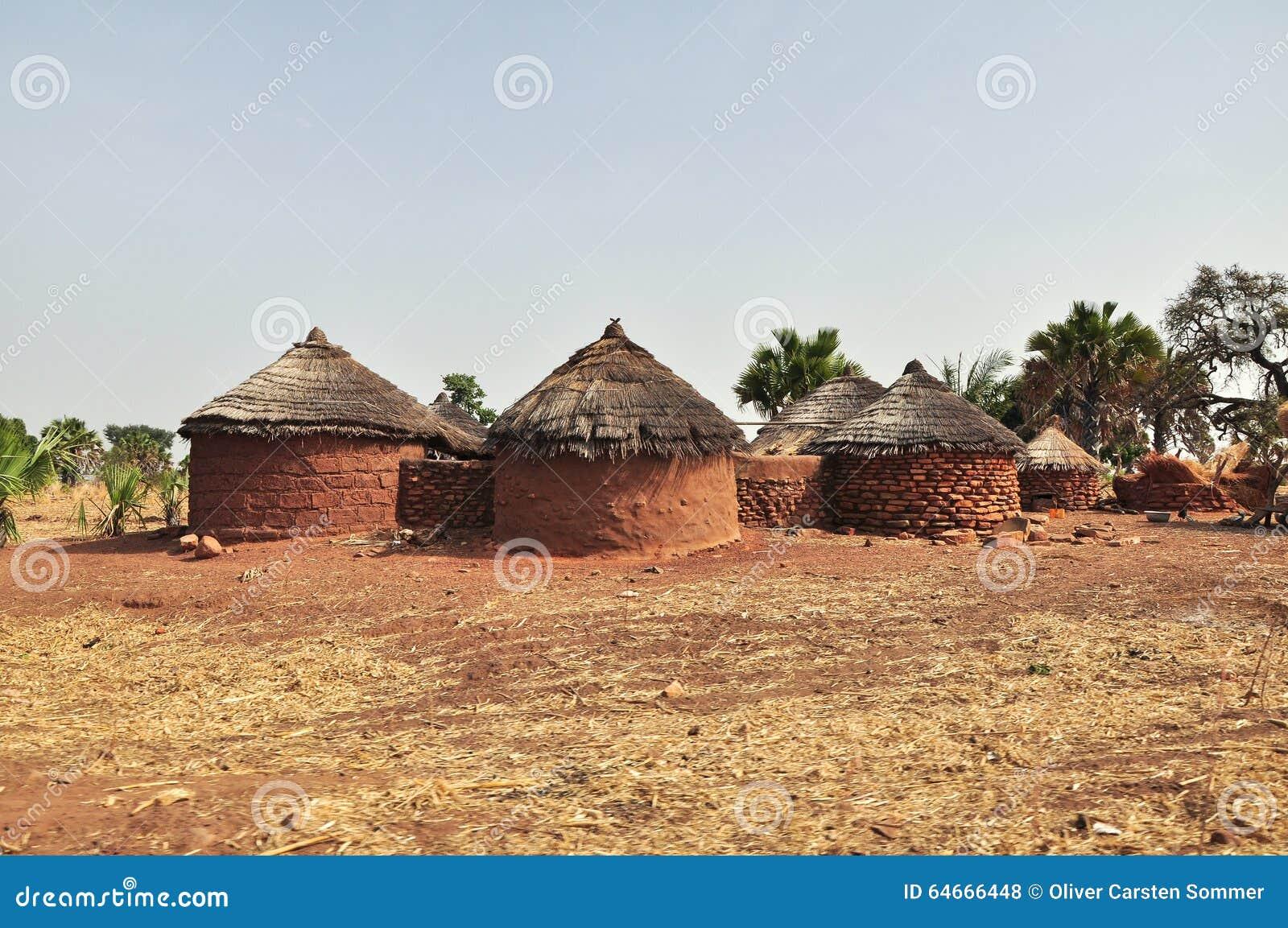 logement rural en afrique photo stock image 64666448