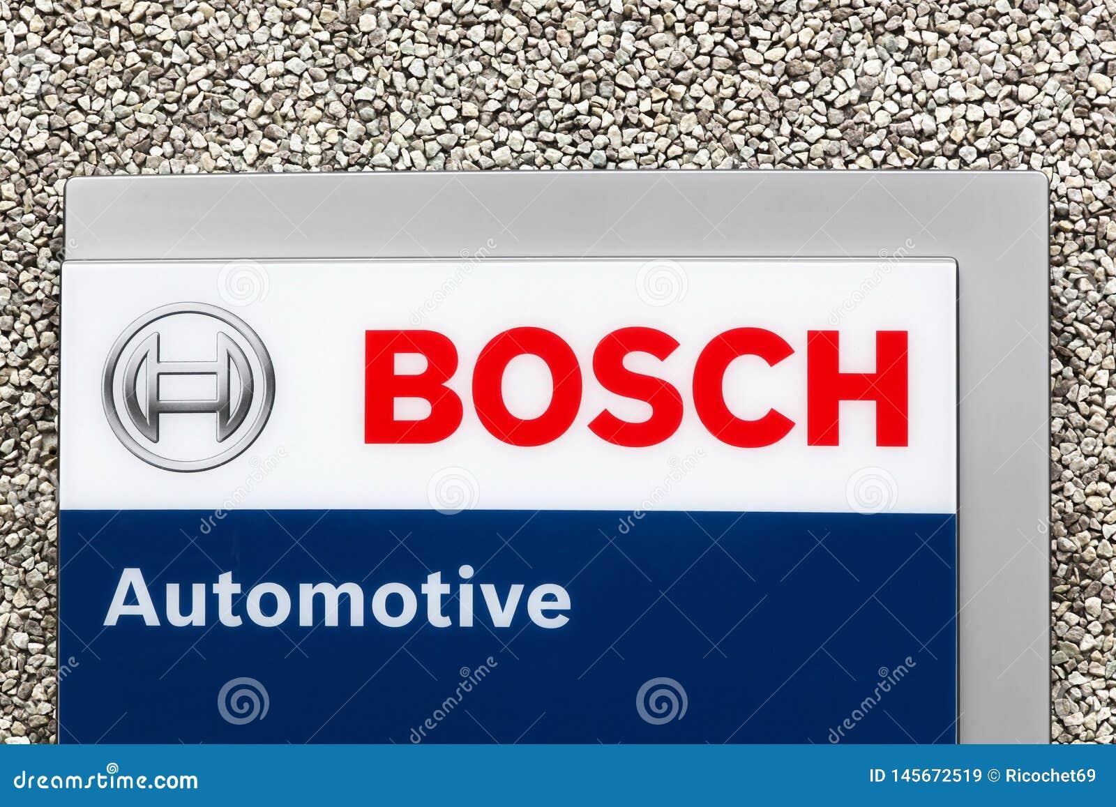 Logotipo automotivo de Bosch em uma parede