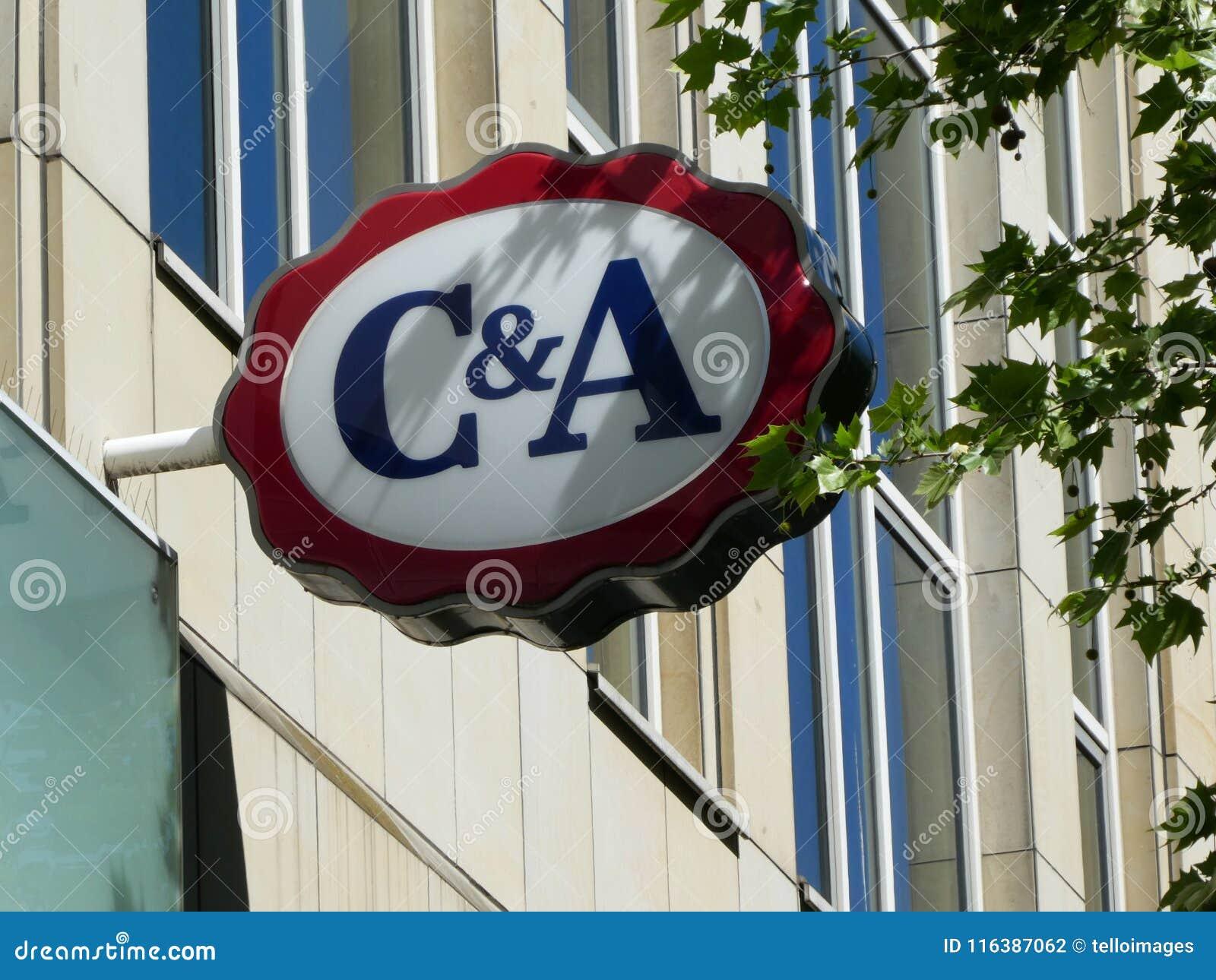 Logotipo De La Muestra De La Tienda De C A En Colonia Fotografia Editorial Imagen De Tienda Logotipo 116387062