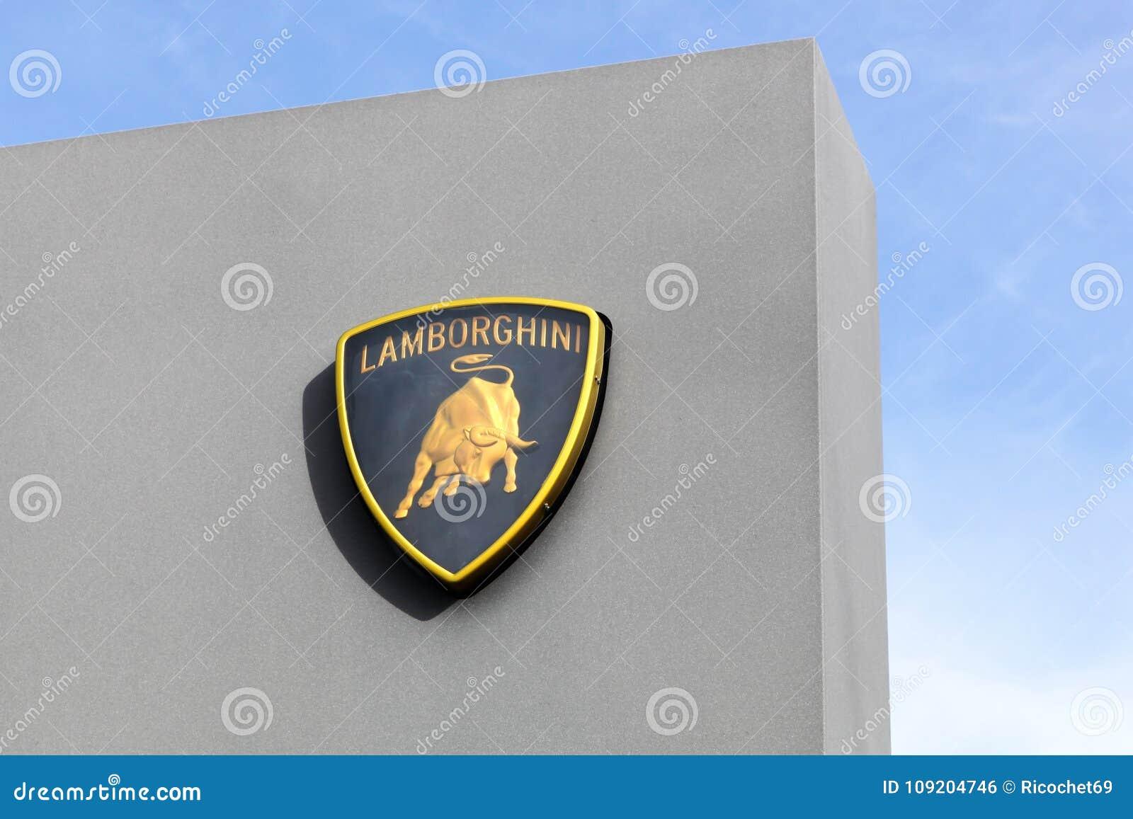 Logotipo De Lamborghini En Un Panel Foto Editorial Imagen De