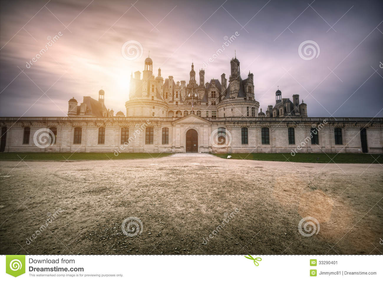 Loire castle in the sun stock image image 33290401 for Sun castle