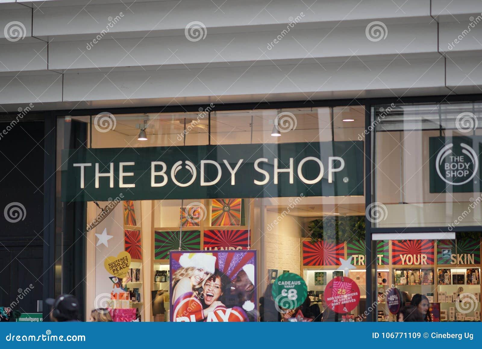 d3c8b556e A loja de Body Shop imagem de stock editorial. Imagem de composição ...