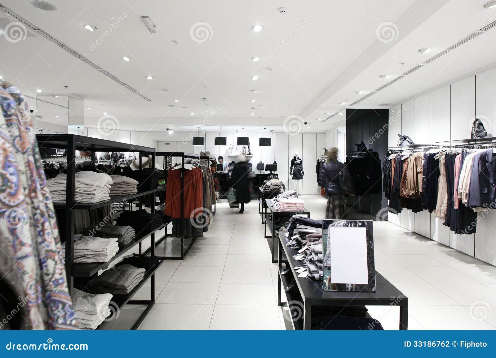 Loja de roupa brandnew europeia