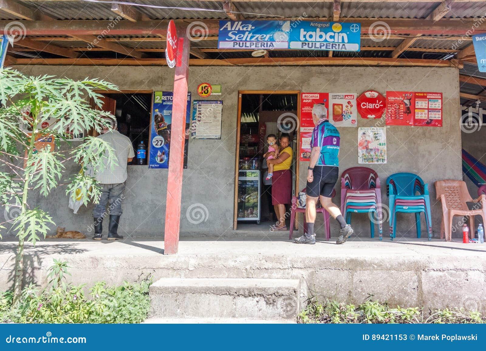 Loja situada na estrada perto de Boaco em Nicarágua