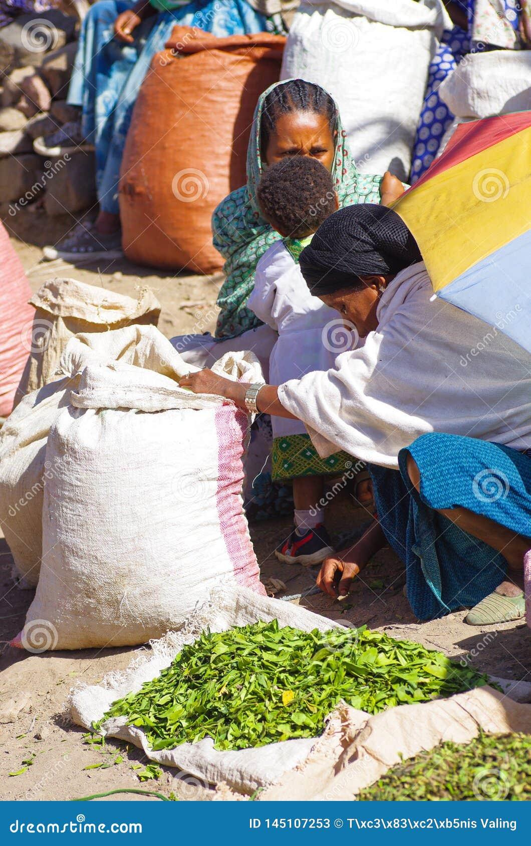 Lokale marktproducten voor verkoop in Lalibela