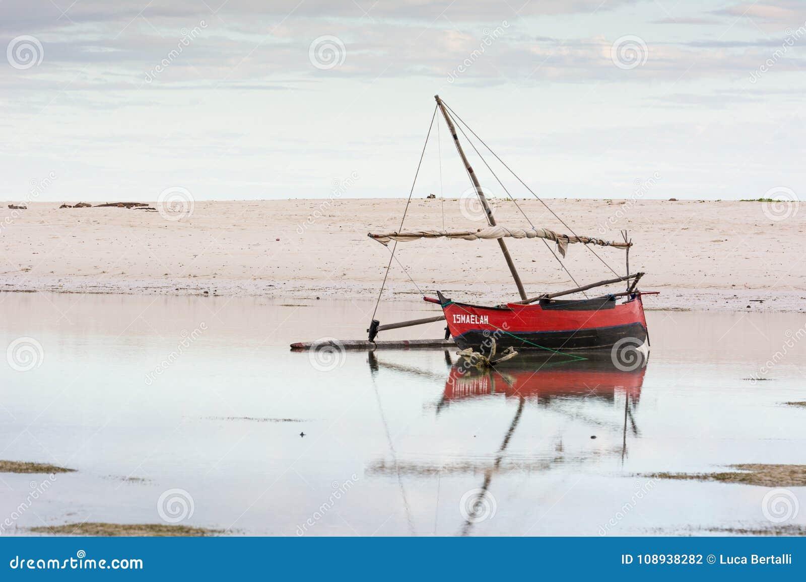 Lokalna łódź w Madagascar