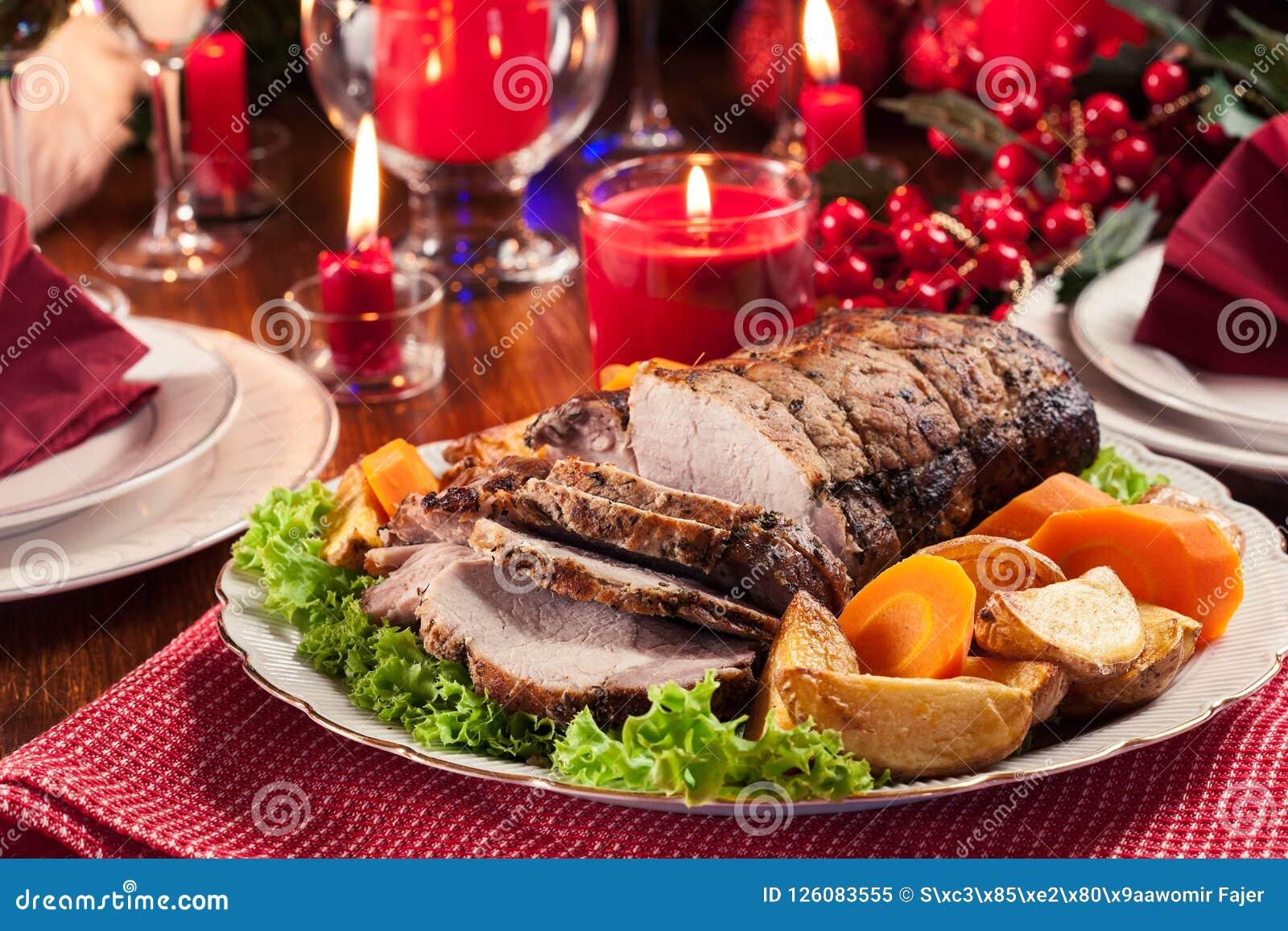 Lombo de carne de porco Roasted com batatas cozidas