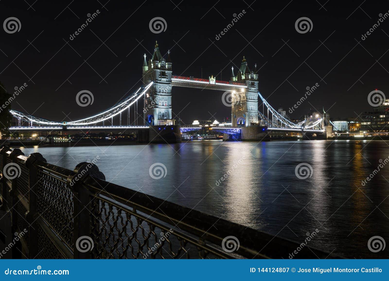 London-Brückenturm