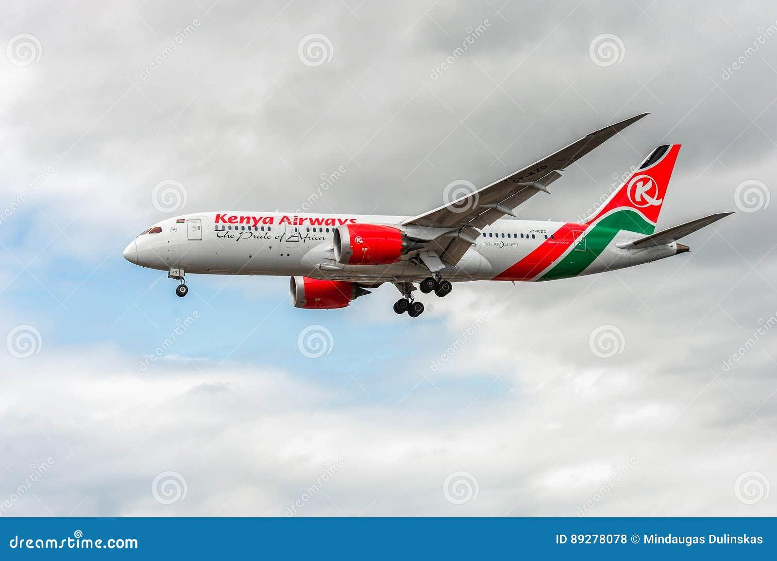 LONDON, ENGLAND - AUGUST 22, 2016: 5Y-KZD Kenya Airways Boeing 787-8 Dreamliner Landing in Heathrow Airport, London.