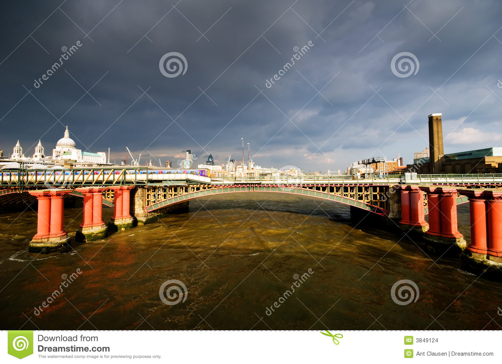 London flod thames