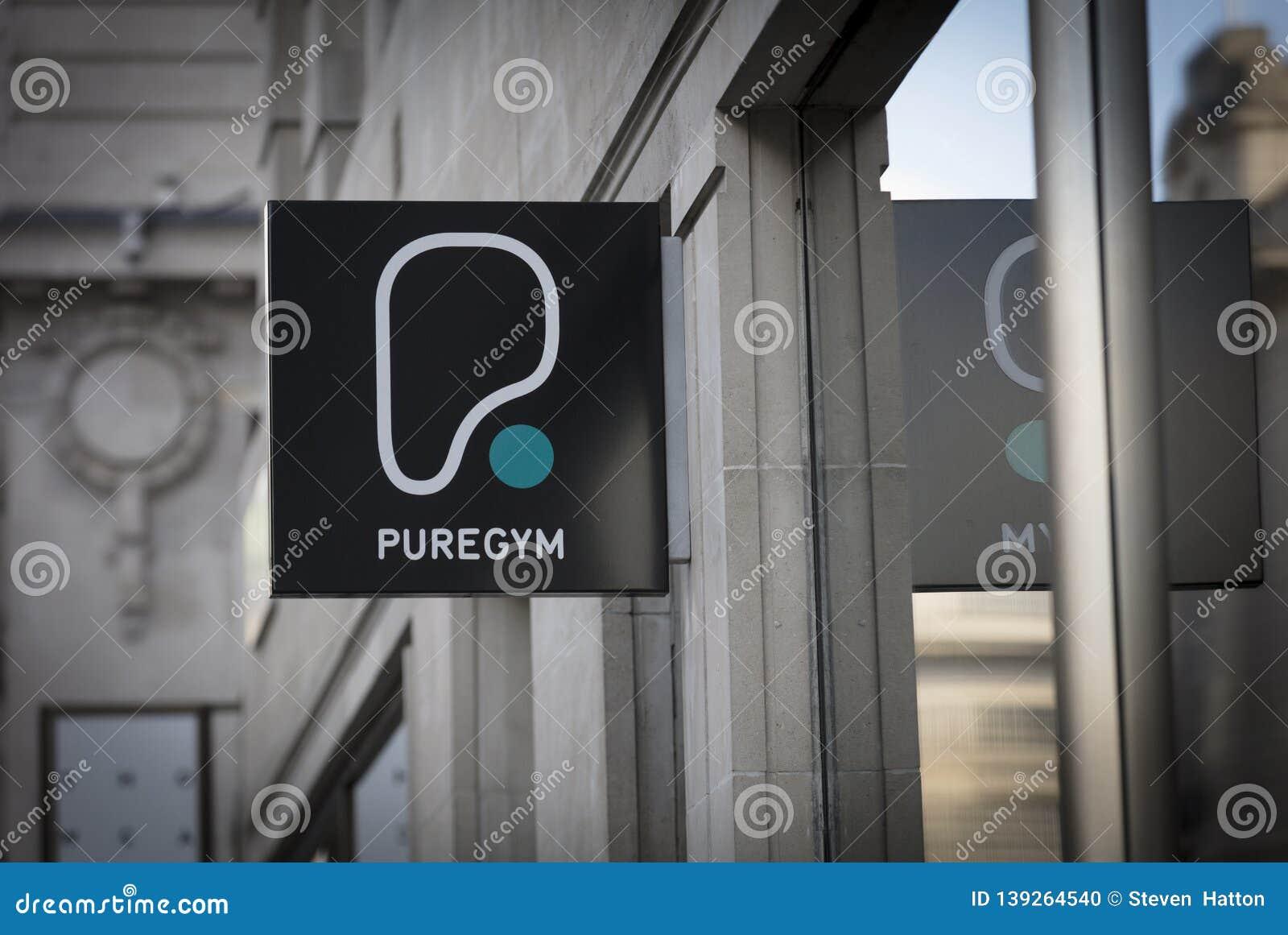 Pure Gym Canary Wharf >> London Greater London United Kingdom 7th February 2018 A