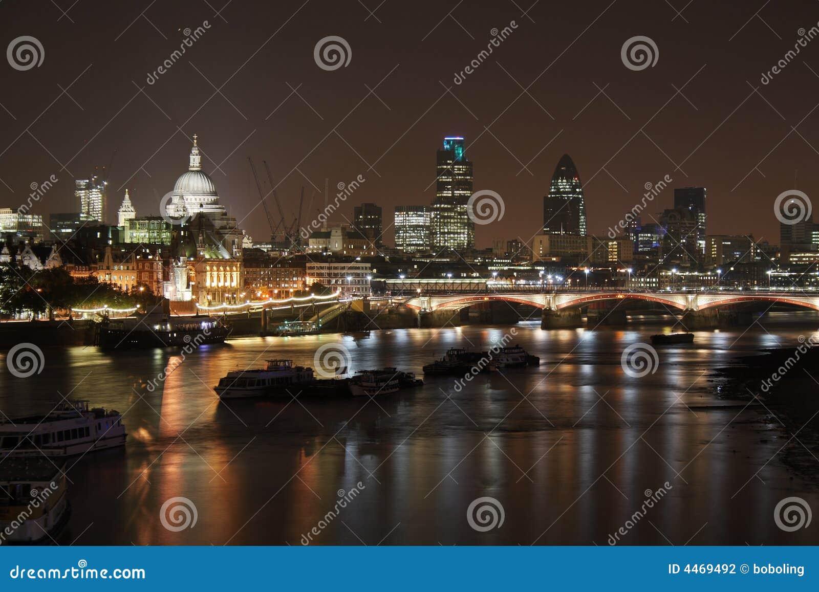 London night scene