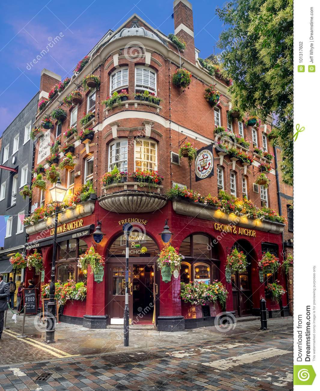 London Pubs And Restaurants Editorial Photography - Image of ...