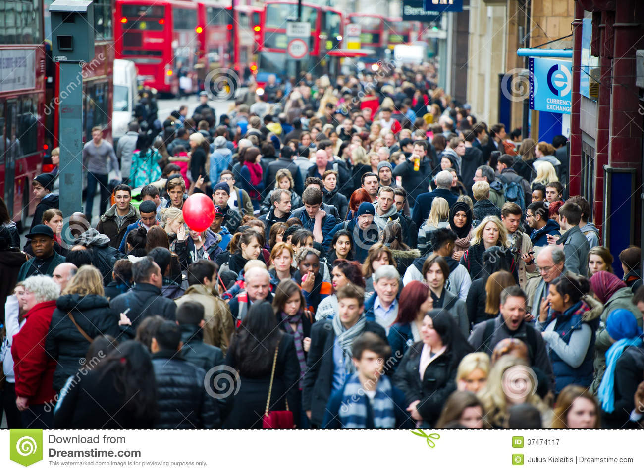 London At Rush Hour People Going To Work Editorial