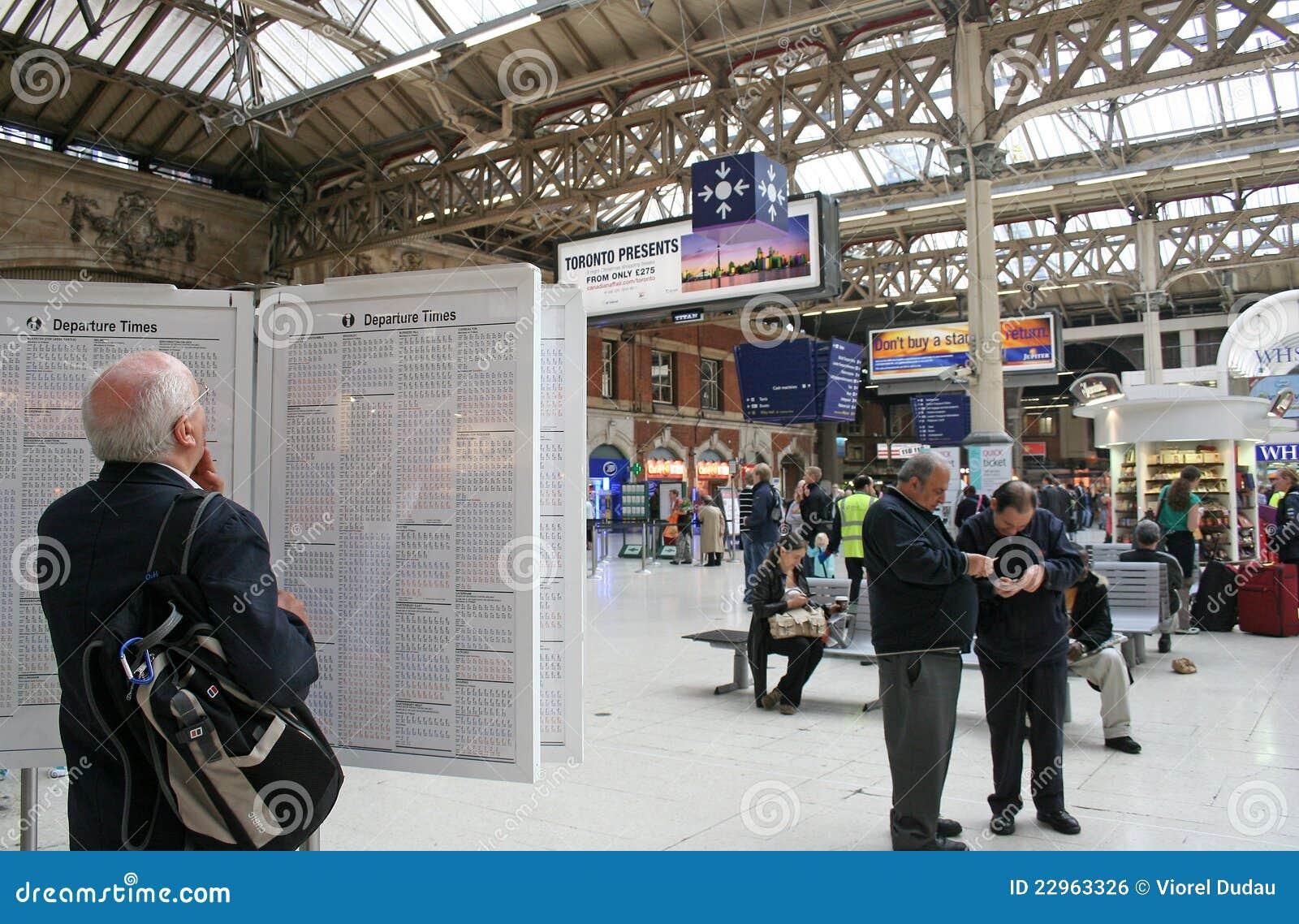 London station victoria