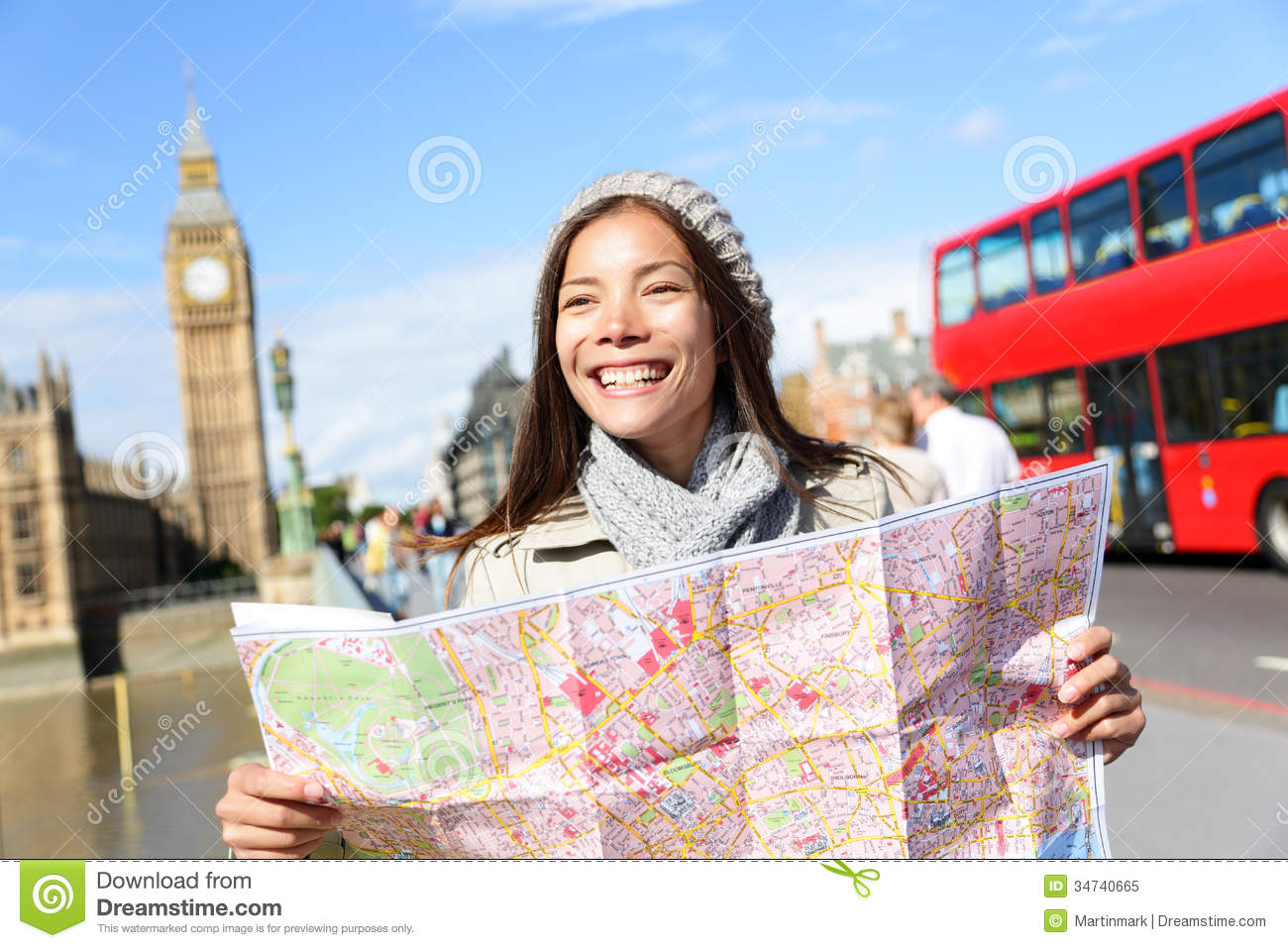 Travel London Tourist Woman Holding Map Photo Image 44122387 – London Travel Maps
