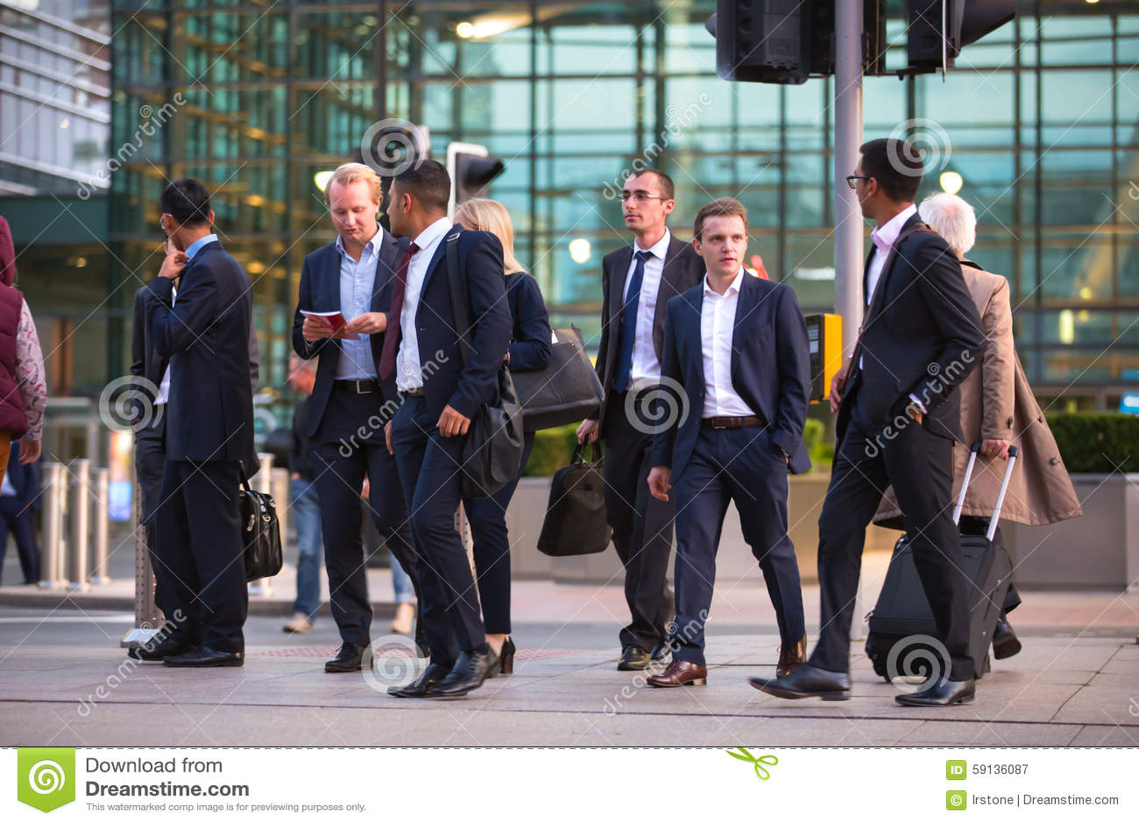 LONDON, UK - 7 SEPTEMBER, 2015: Canary Wharf Business Life. Business ...