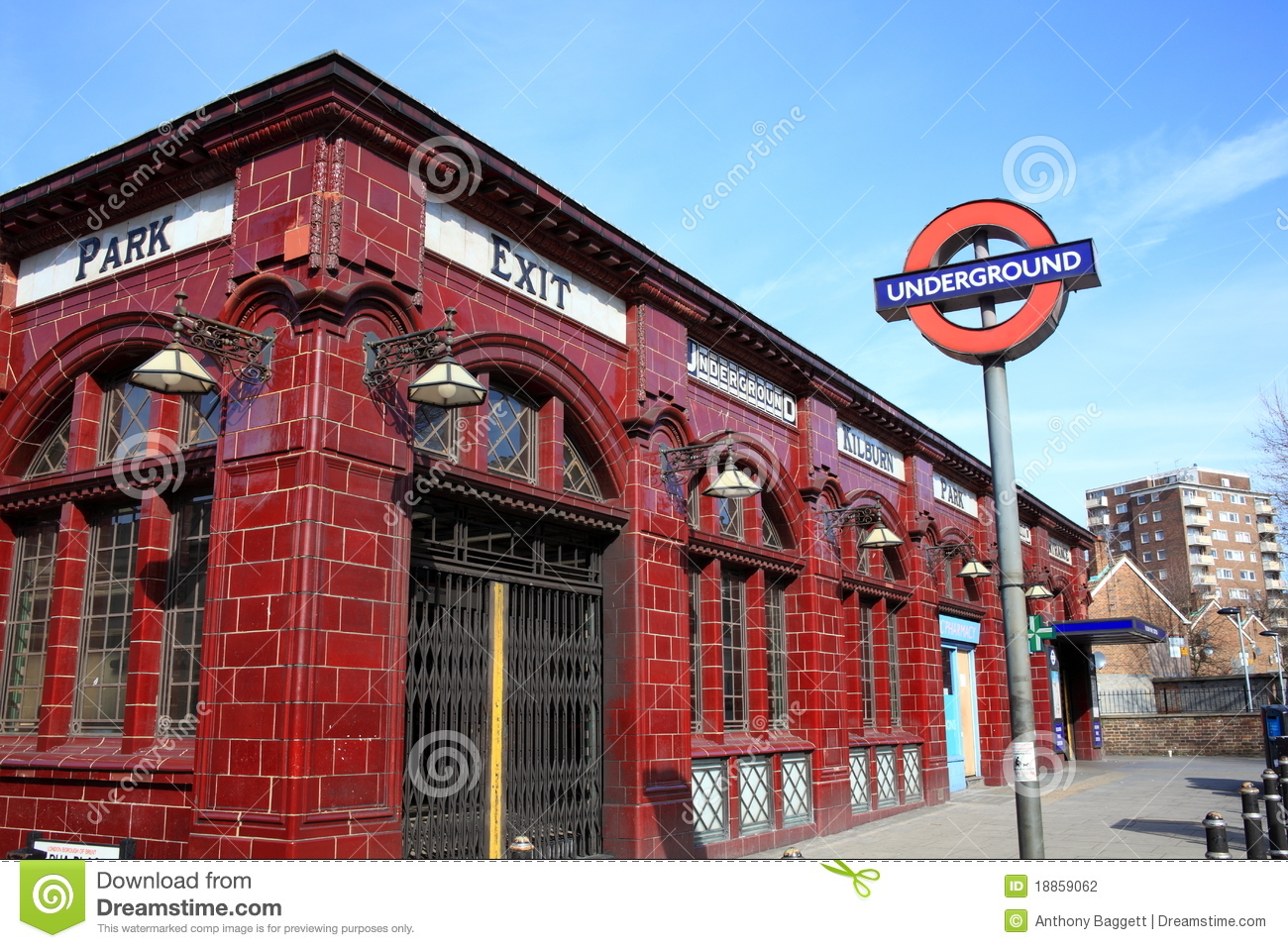 4 X 8 Subway Tile London Underground Tube Station Editorial Photography ...