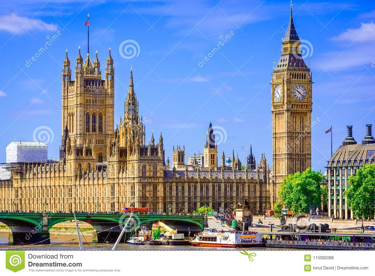 London, The United Kingdom of Great Britain: Palace of Westminster bridge