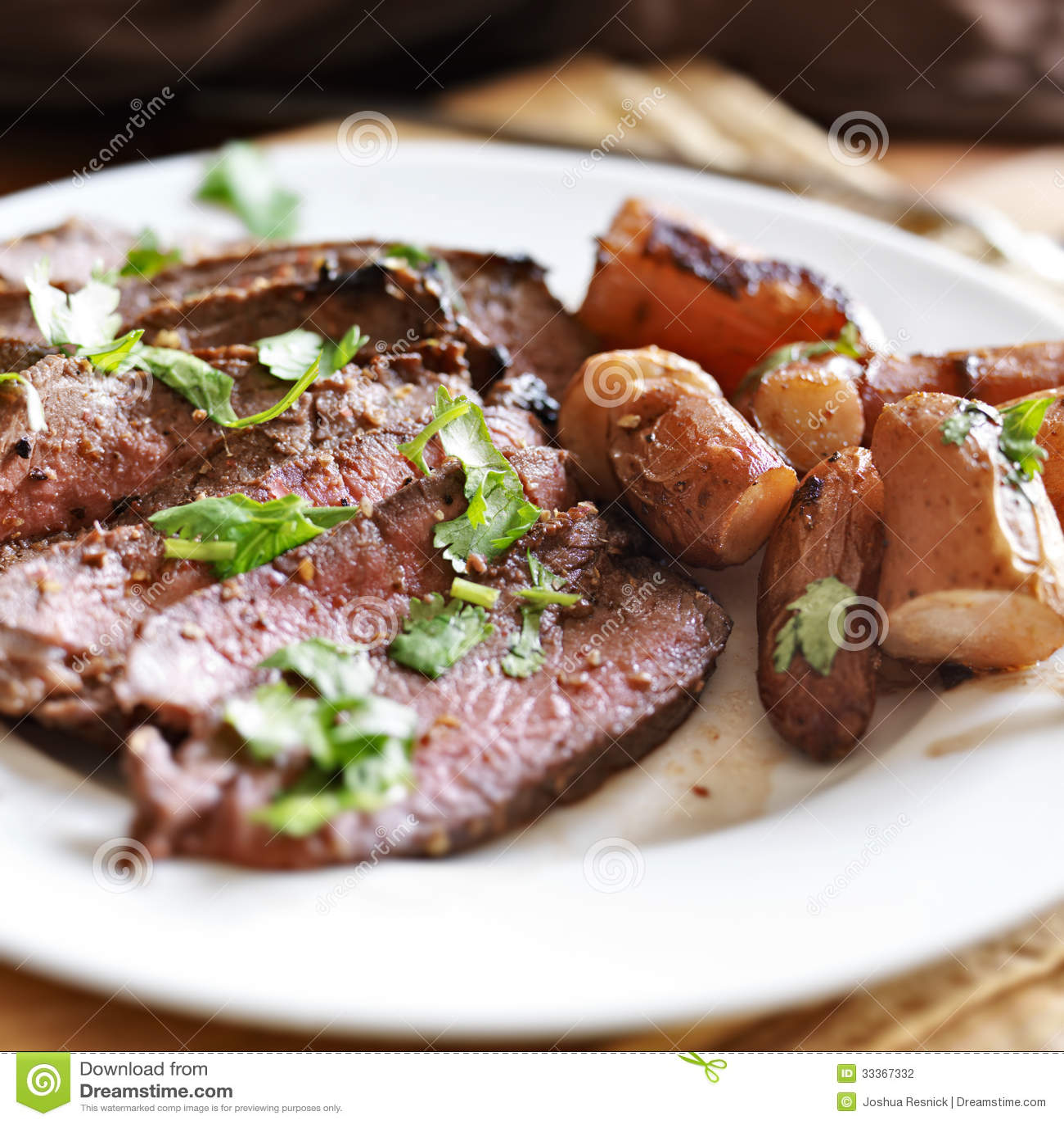 Londra cuoce alla griglia l arrosto di manzo