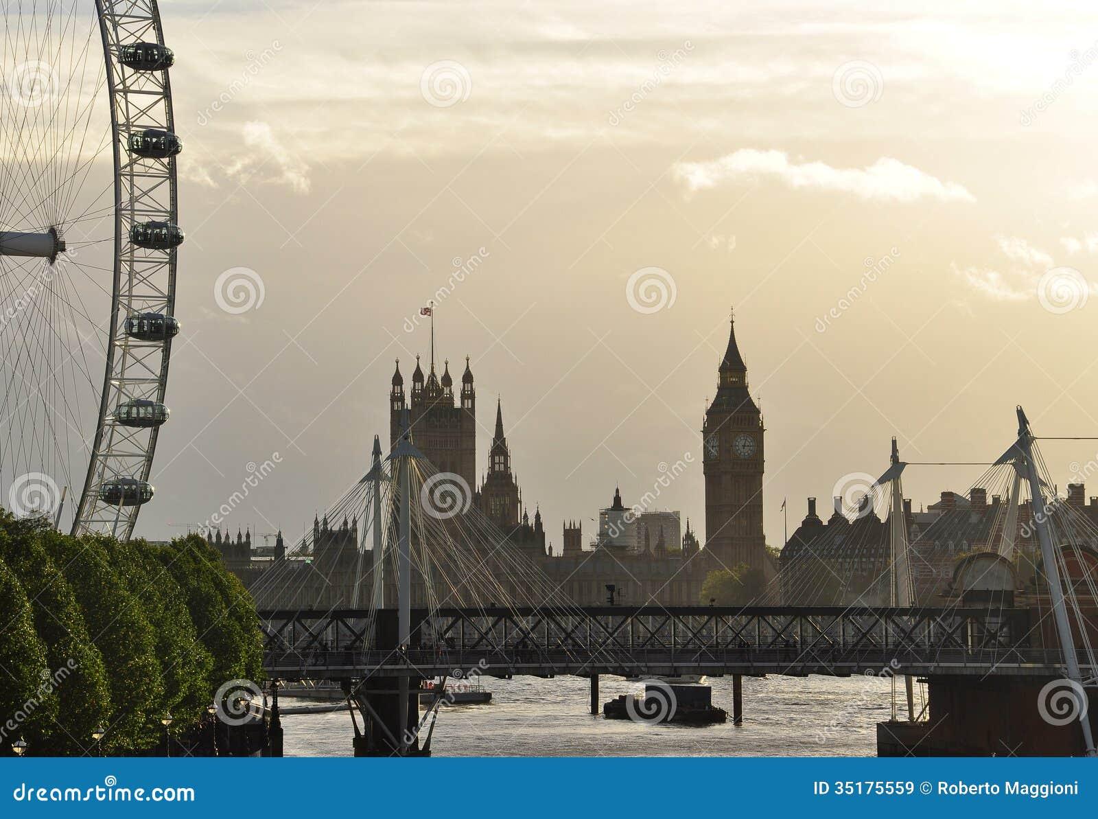 Londra gran bretagna il tamigi e camere del parlamento for Camere parlamento