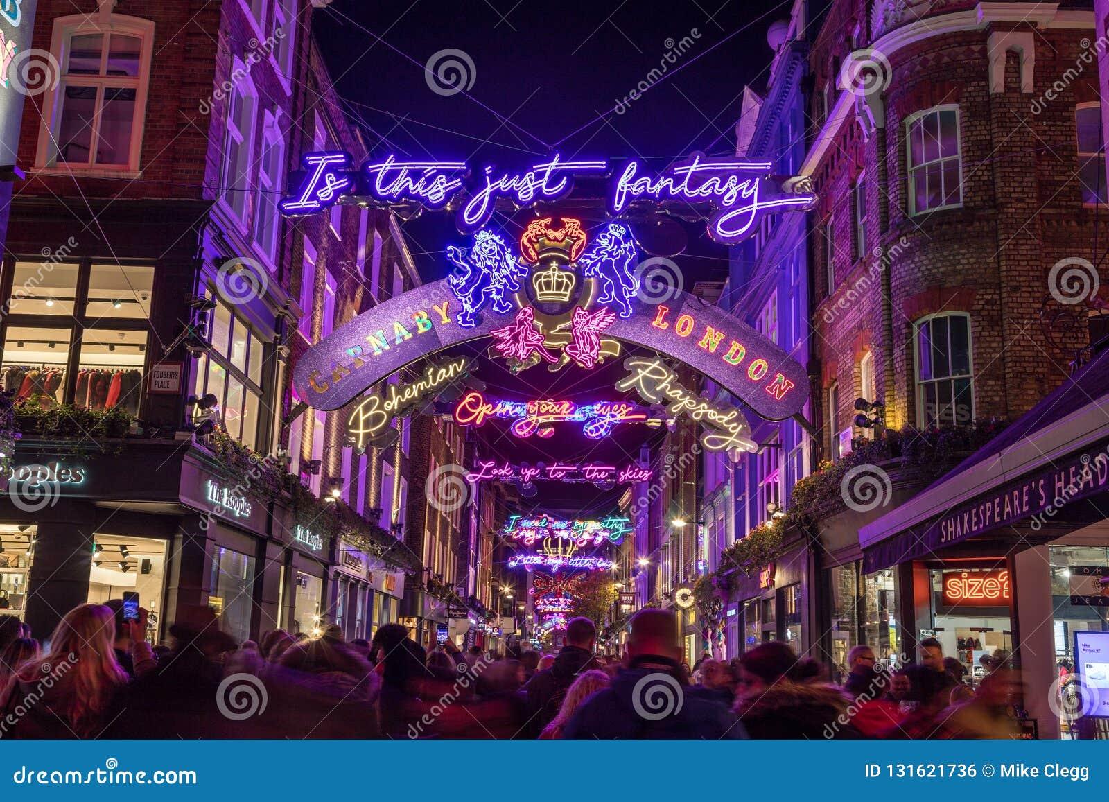Decorazioni Natalizie Londra 2019.Londra Regno Unito 11 Novembre 2018 Decorazioni Di Natale Del