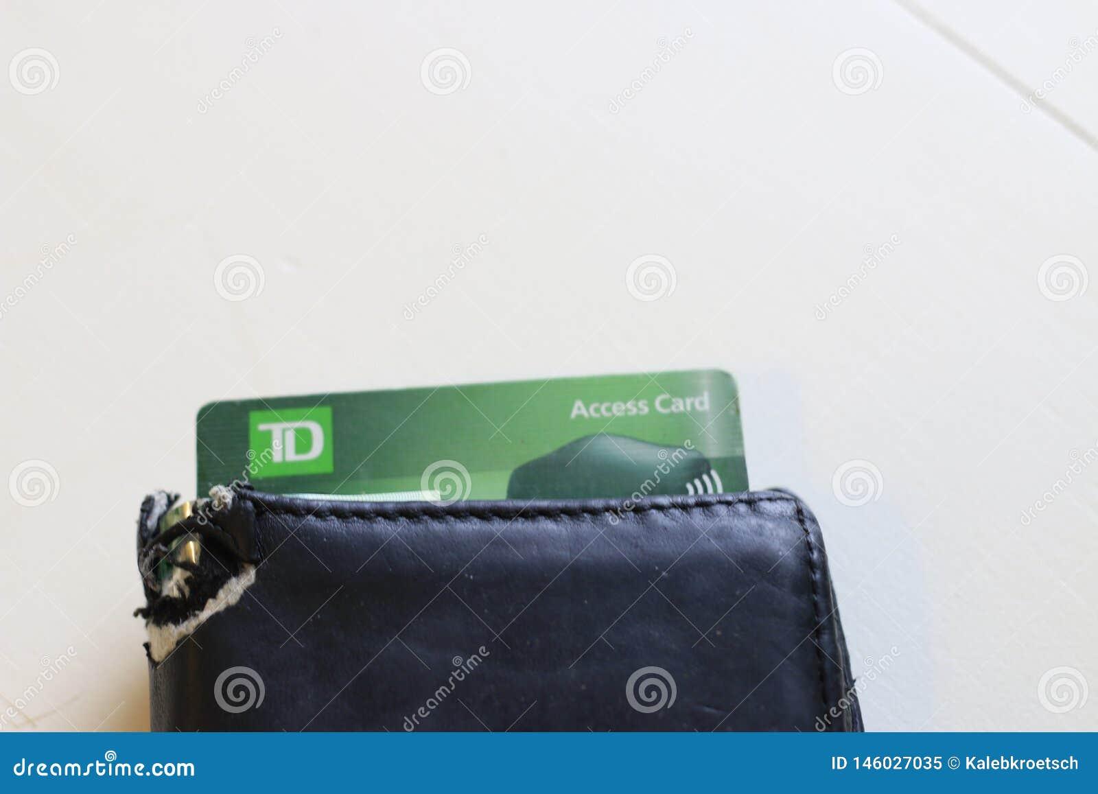 Londres Canada, le 27 avril 2019 : Photographie ?ditoriale du logo de confiance du TD Canada collant hors d un portefeuille La ba