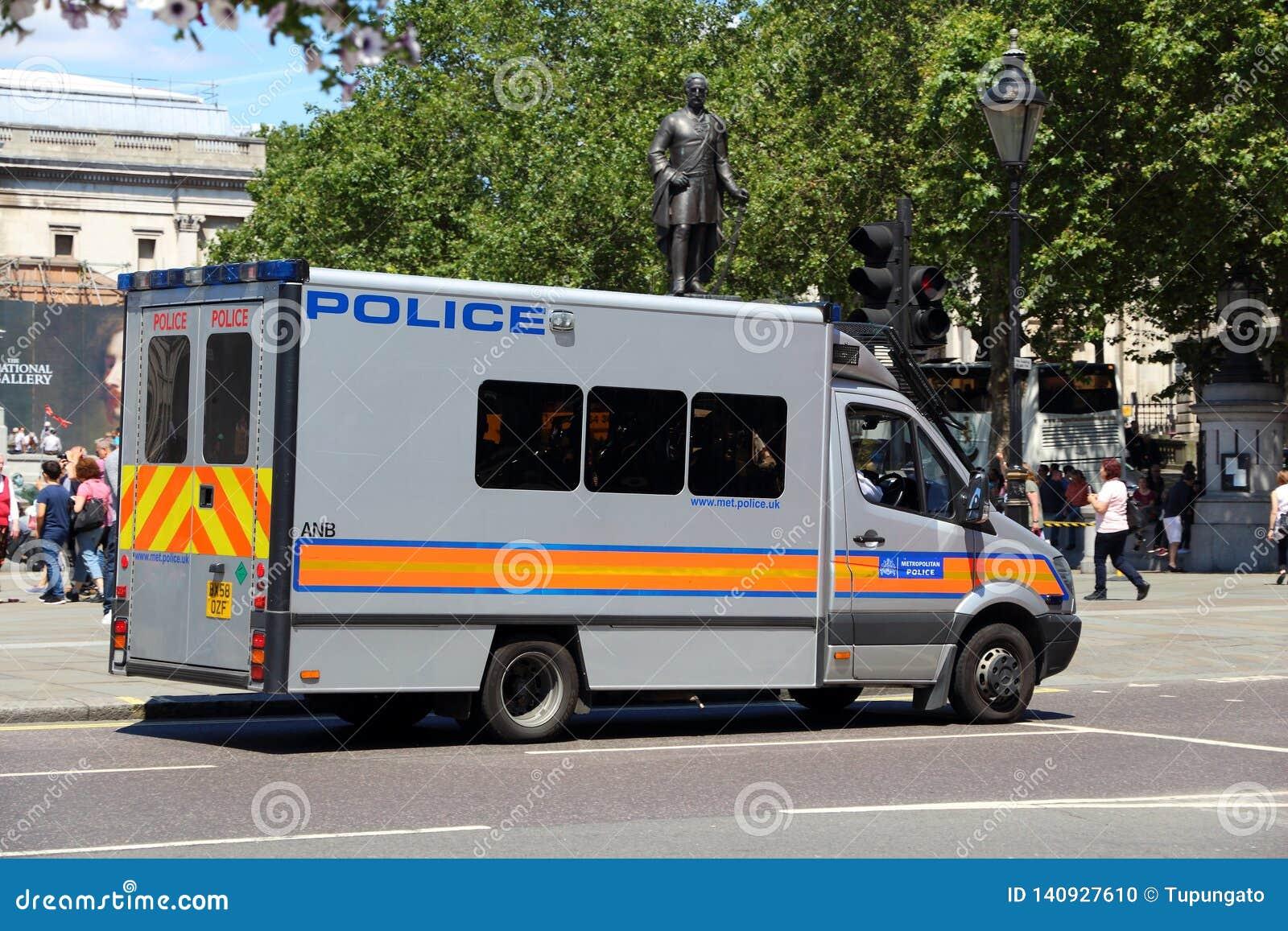 Londres encontrou a polícia