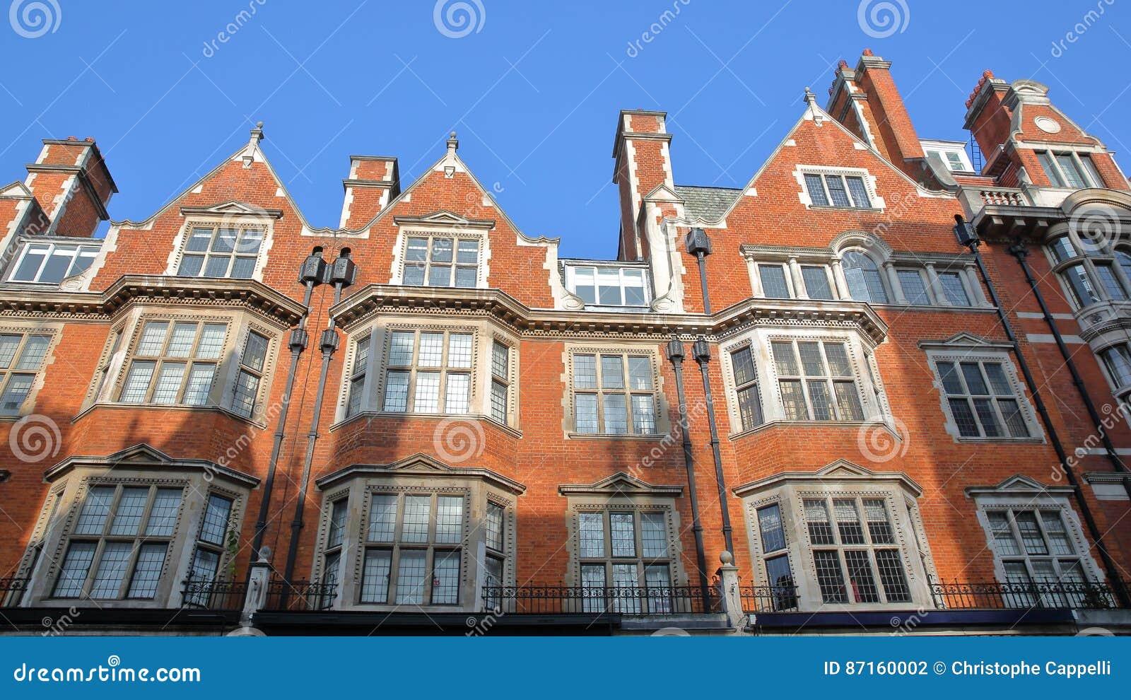 Londres r u fa ades victoriennes de maisons de brique for Prix maison en brique