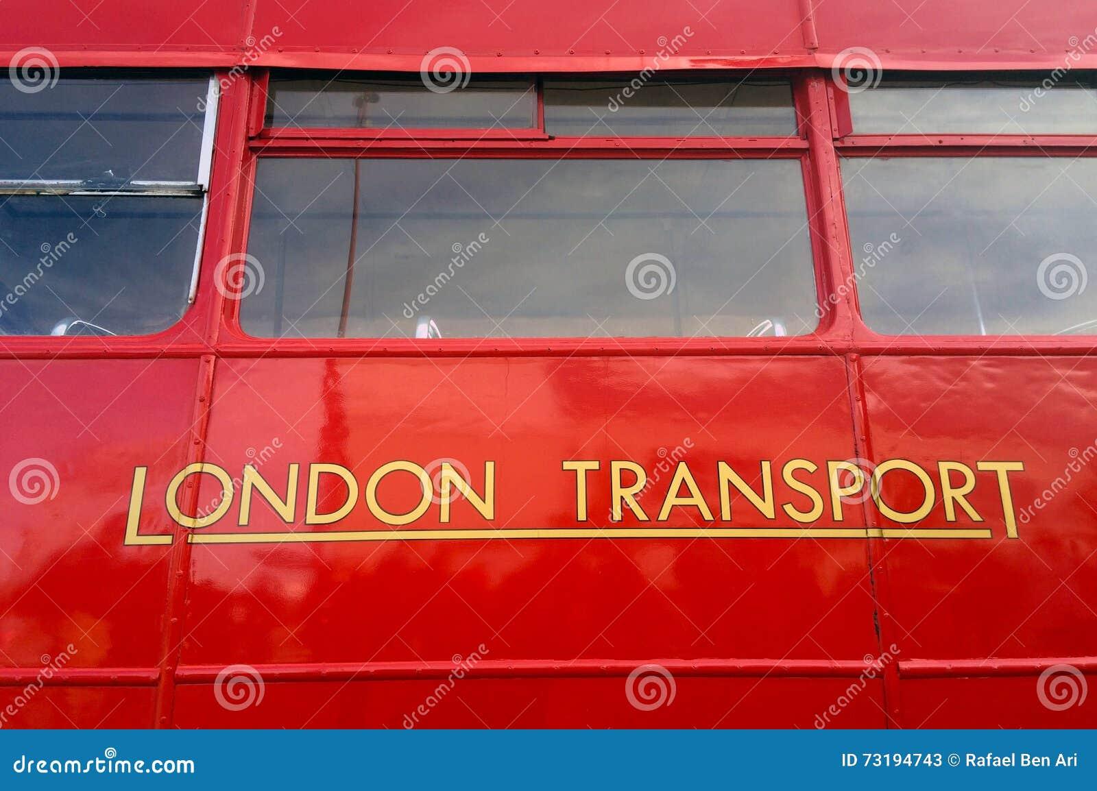 Londyński czerwony autobus