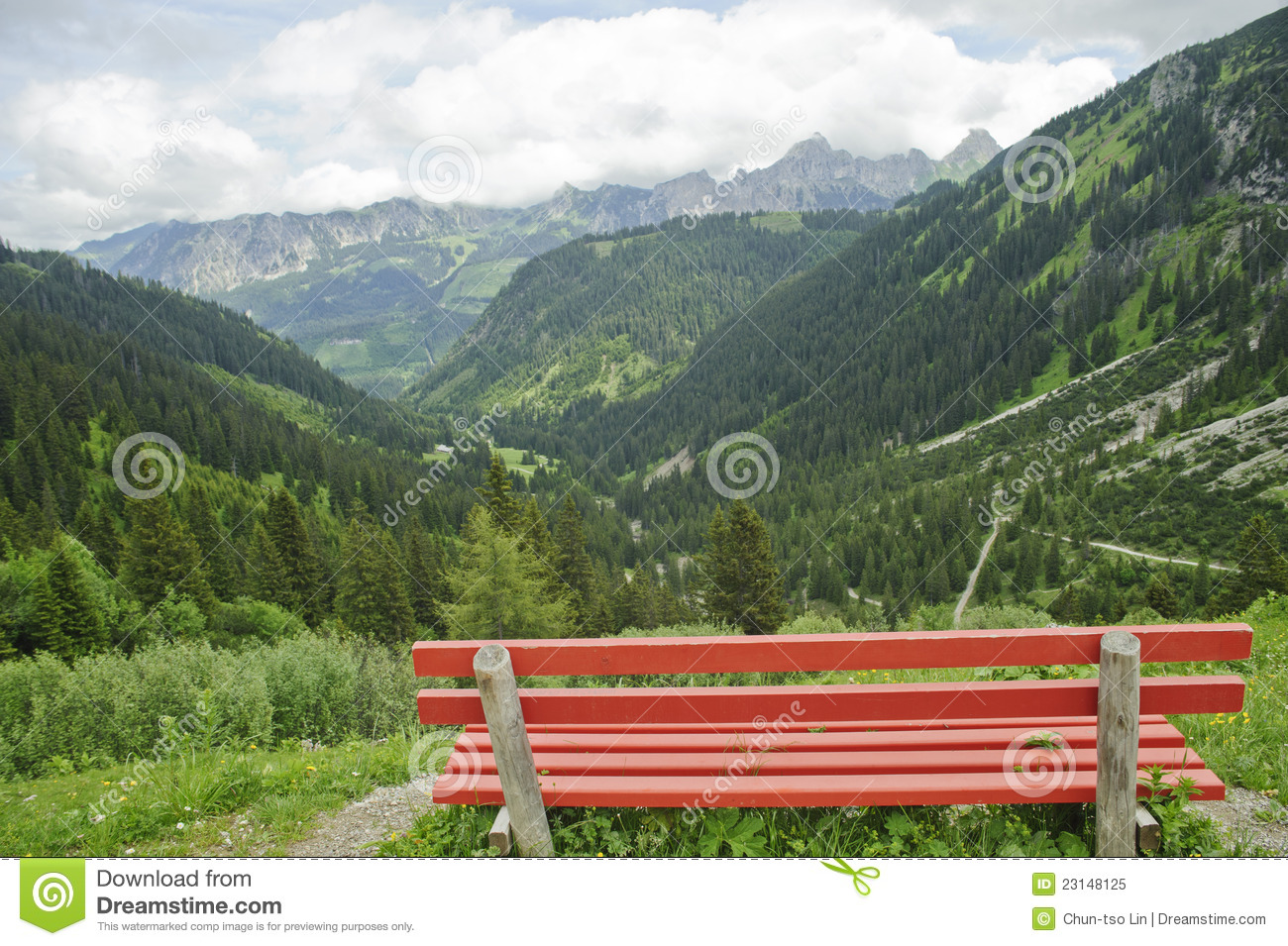 Lonely Bench With Beautiful Mountain Scenery Royalty Free