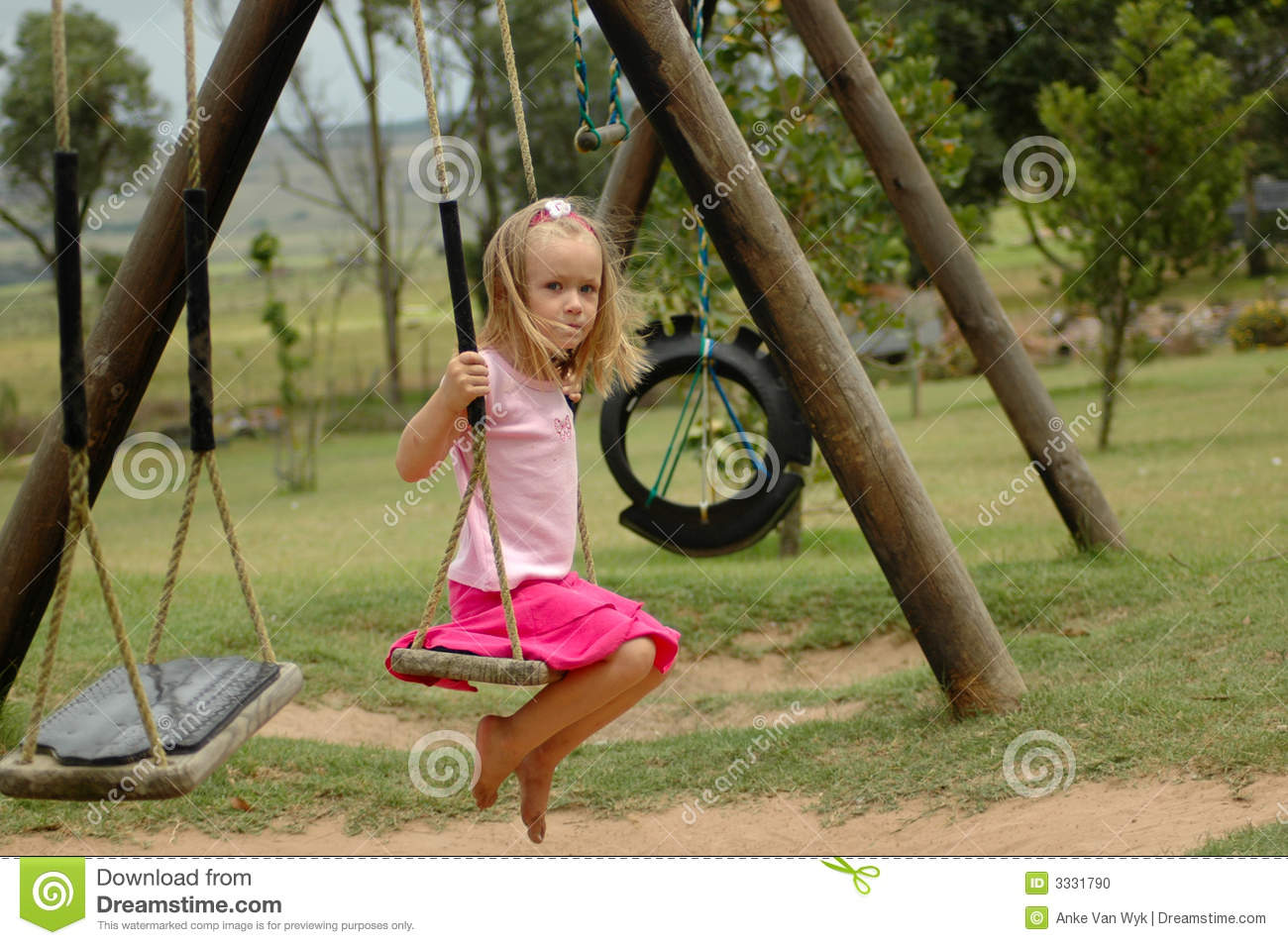 Opinion swinging at the playground